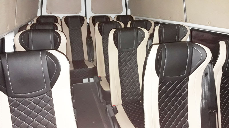 микроавтобус Ford Transit сиденья