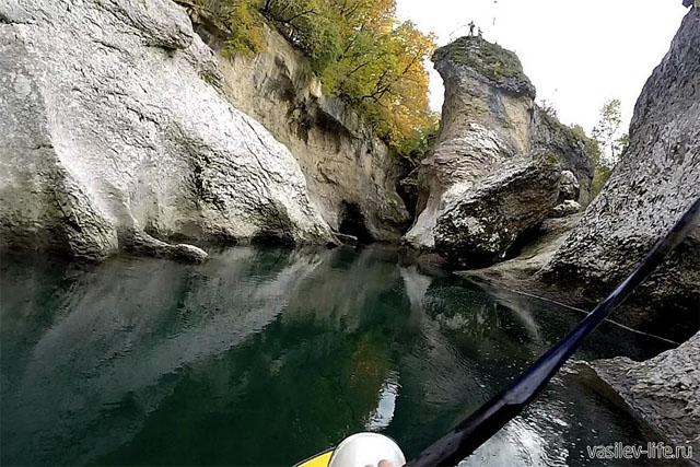 Сплавы в Хаджохском каньоне на реке Белая в Адыгее