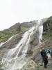 Софийские водопады, туристы рядом
