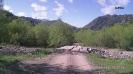 Вид на заснеженные горы из п. Рожкао